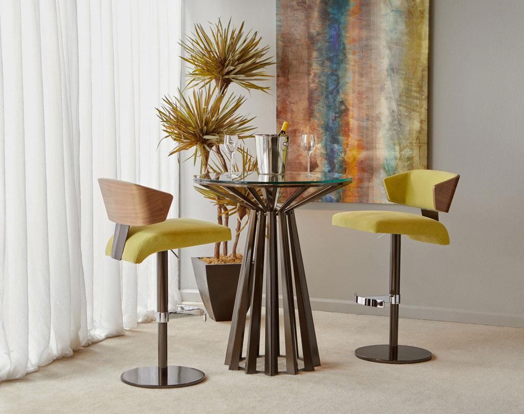 elite modern furniture showroom