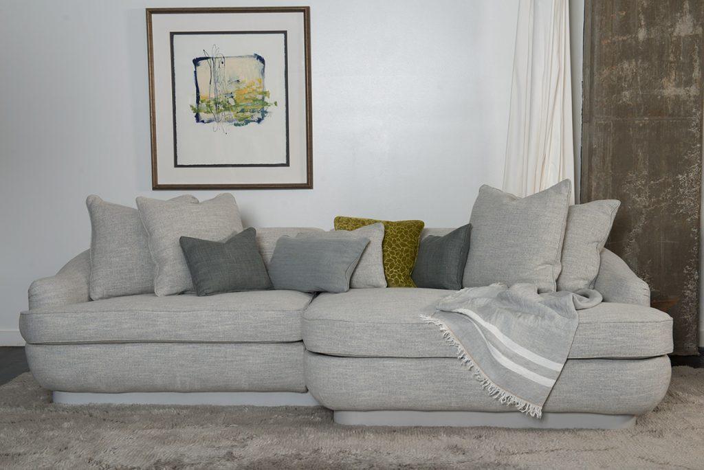 pavel sofa